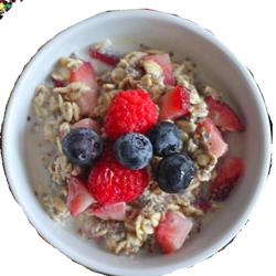mixed-berry-overnight-oats
